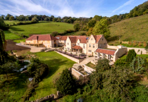 Property of the Week: Vineyards Farm walks the tightrope between country life and city living