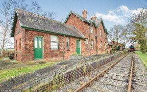 Property of the week- A 19th century train station in Lincolnshire